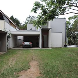 Casa em condomínio fechado Aruã Ecopark